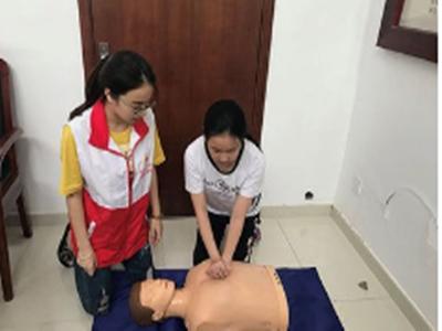 人益人团建内训课程:安全急救知识培训