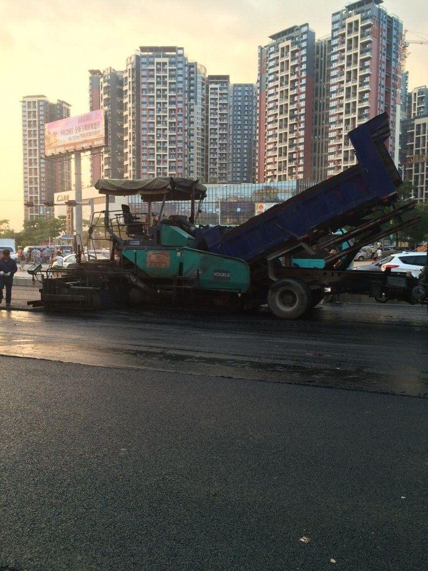 东莞沥青路面工程厂家  热熔划线工程厂家