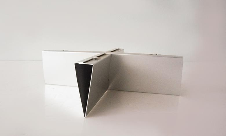 家具十字铝制品(照片)