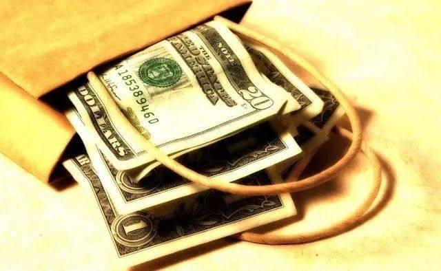 拓展财富管理业务是大资管时代金融机构的必然选择