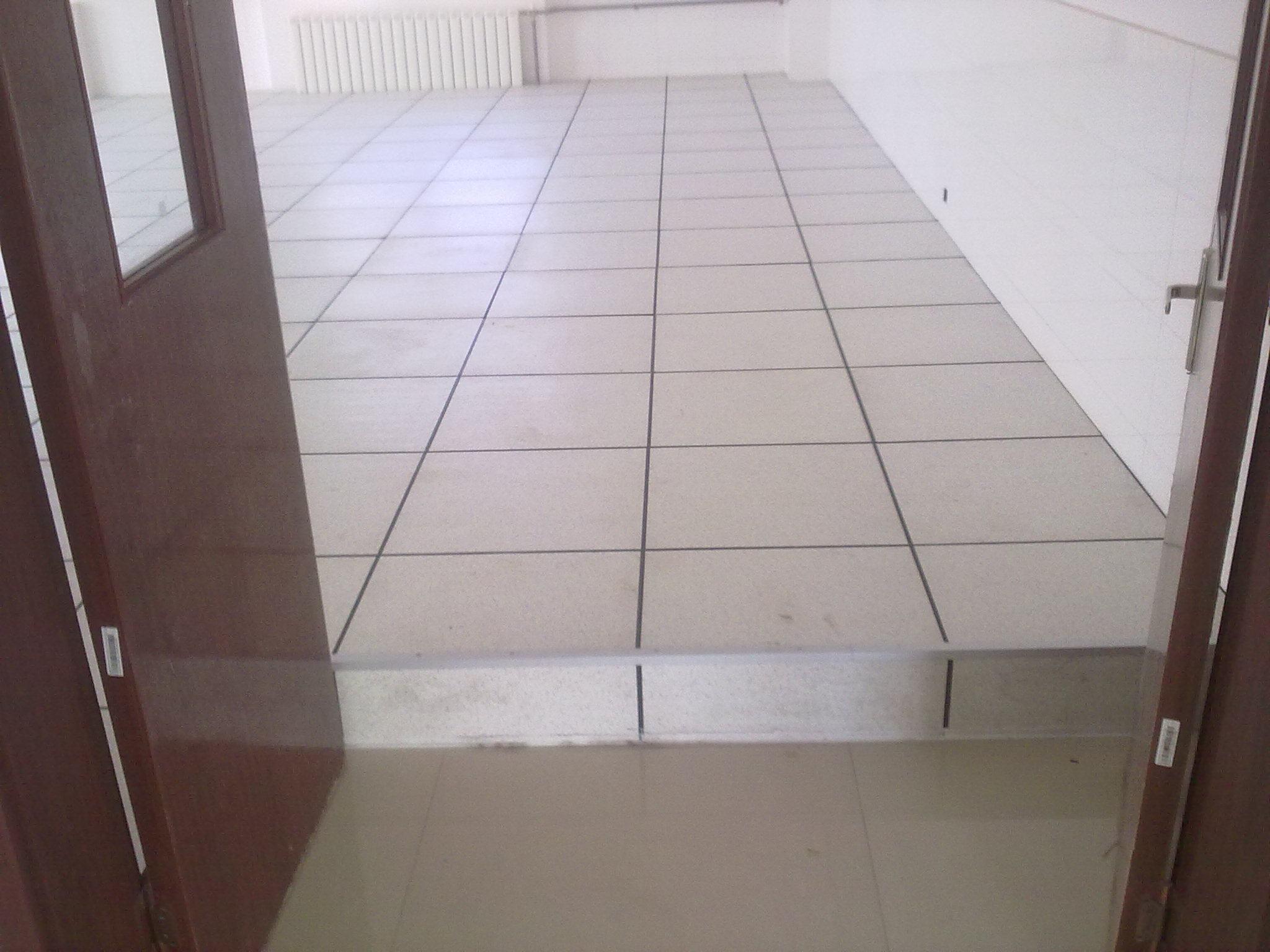 [北京防静电地板]网络地板企业告诉您防静电地板的优势